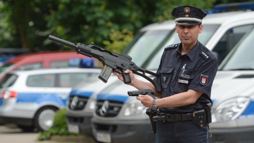 polizei kassiert verbotene waffen